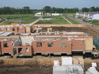 Строительство трехэтажных многоквартирных домов под арендное жилье